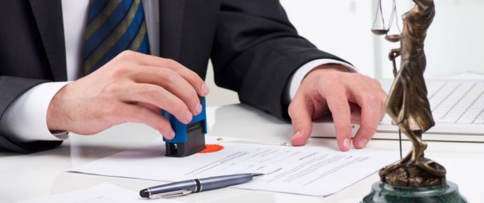 Knowing the difference between a JP and a Solicitor